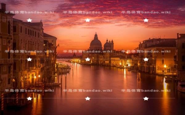 热烈祝贺深圳信狮学校在北大青鸟二十周年庆典荣获多项大奖